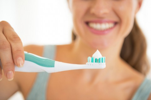 Could Glass Toothpaste Help Repair Damaged Teeth?