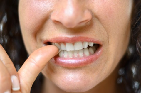 Bad Habits That Cause Jaw Pain and How to Stop Doing Them