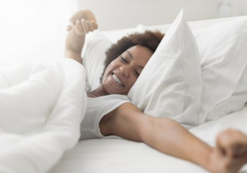 Hot Flashes Linked to Sleep Apnea