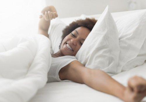 Hot Flashes Linked to Sleep Apnea